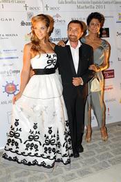 Beatriz Trapote y José Manuel Parada en la Gala contra el Cáncer en Marbella 2011