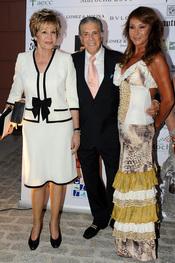 Laura Valenzuela Jaime Ostos en la Gala contra el Cáncer en Marbella 2011