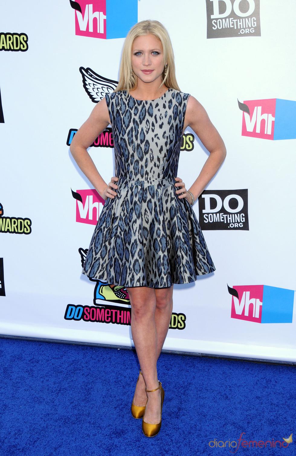 Brittany Snow en la alfombra roja de los 'Do Something Awards' 2011