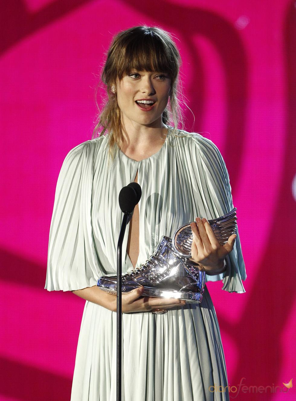 Olivia Wilde recoge su premio en los 'Do Something Awards' 2011