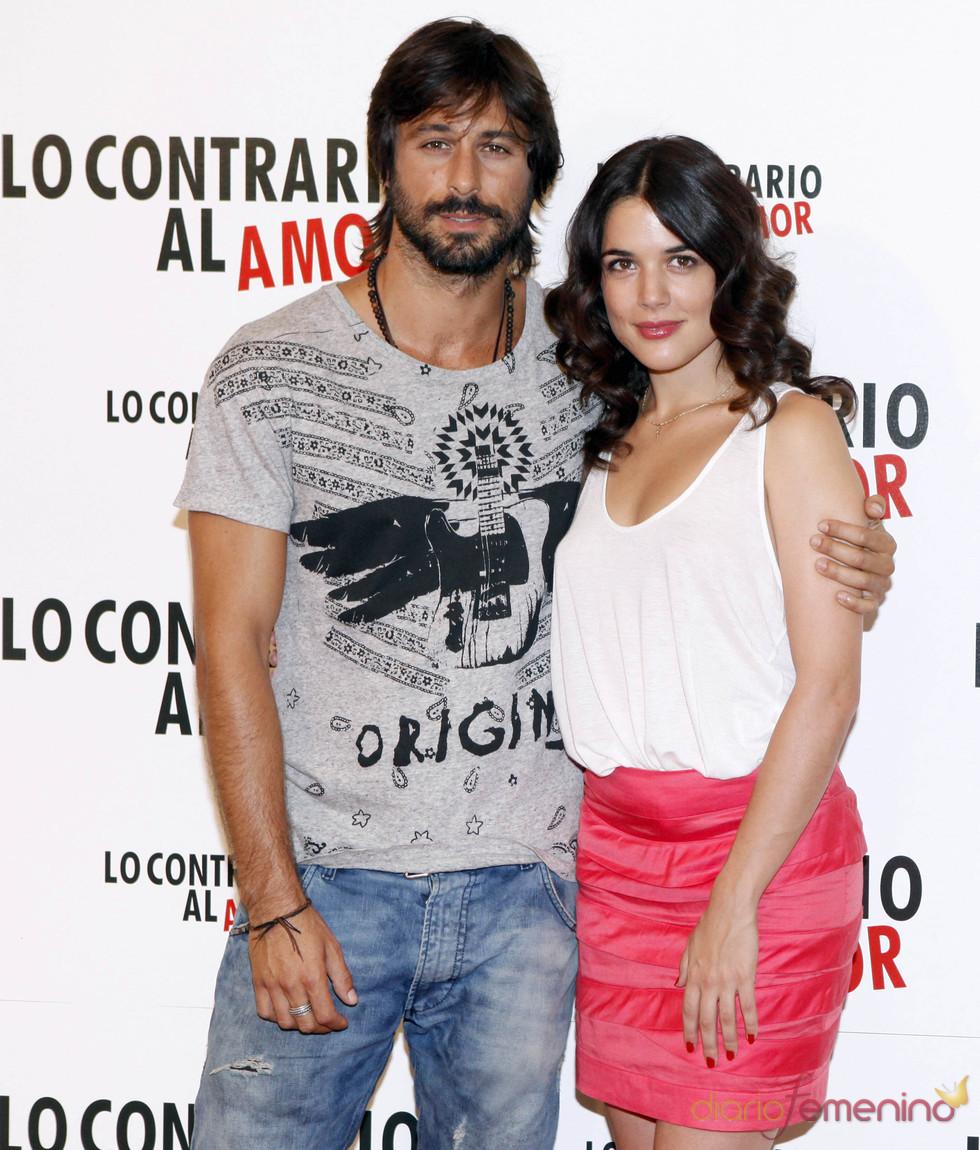 Hugo Silva y Adriana Ugarte presentan 'Lo contrario al amor'