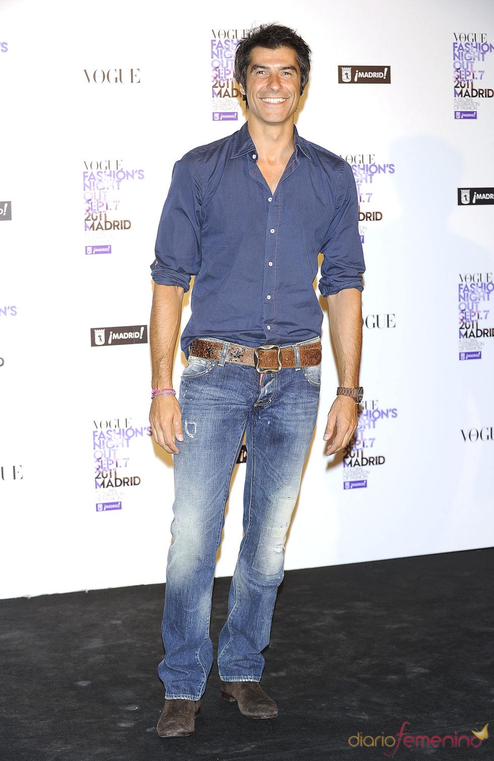 Jorge fern ndez durante la vogue fashion night out madrid 2011 - Banos jorge fernandez ...