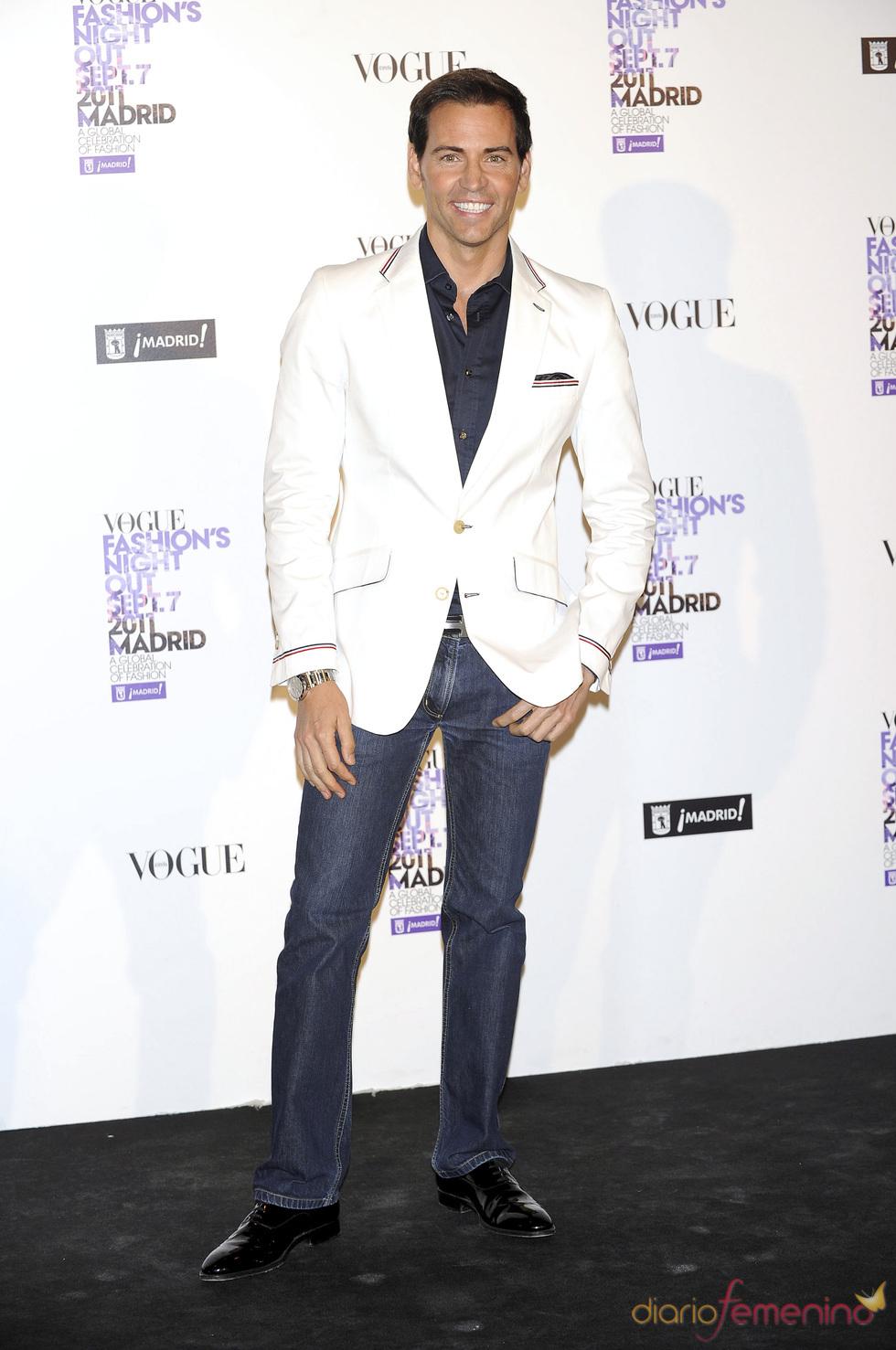 David Meca durante la Vogue Fashion Night Out Madrid 2011