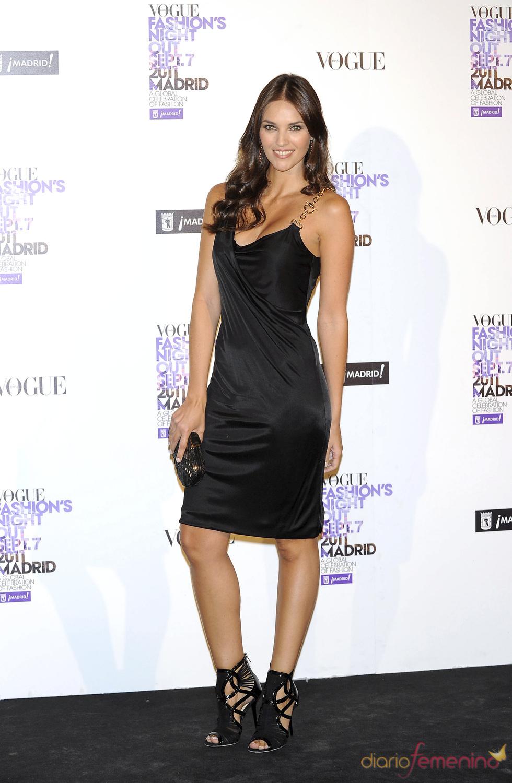 Helen Lindes durante la Vogue Fashion Night Out Madrid 2011