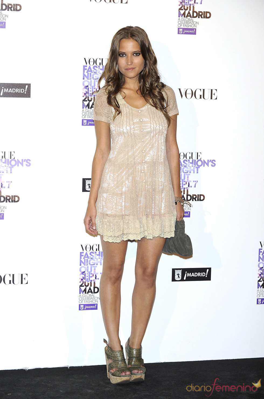 Ana Fernández durante la Vogue Fashion Night Out Madrid 2011