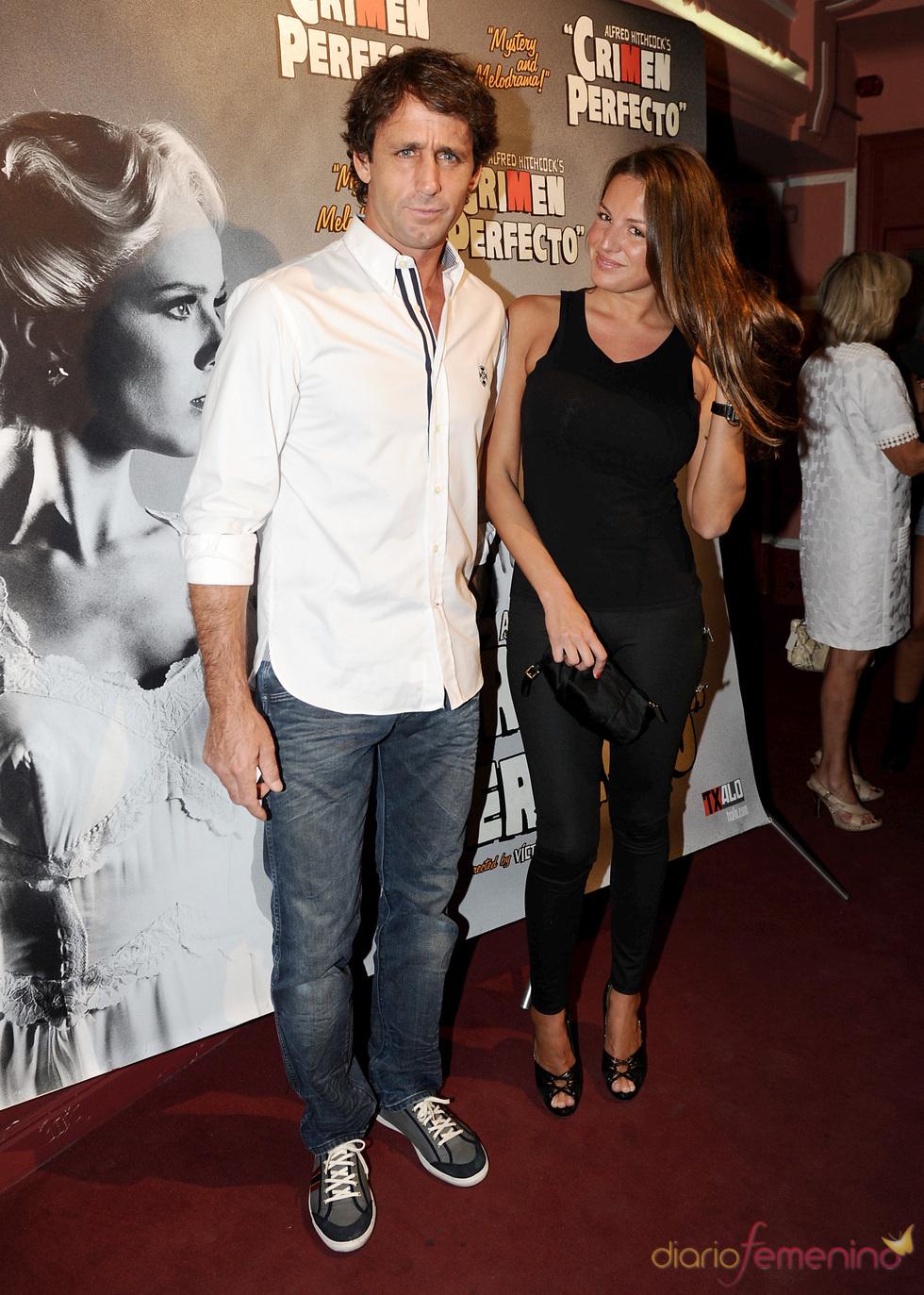 Álvaro Muñoz Escassi y Patricia Martínez en el estreno de 'Crimen perfecto' en Madrid