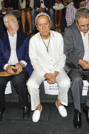 Elio Bernhanyer en la Pasarela Cibeles 2011 en Madrid