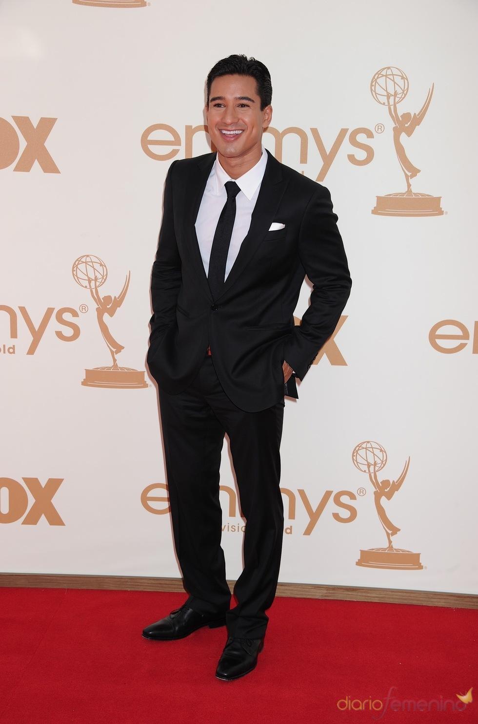 Mario López en la alfombra roja de los Emmy 2011