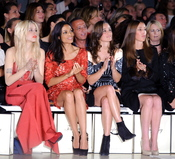 Pippa Middleton y Rosario dawson en la 'London Fashion Week' 2011
