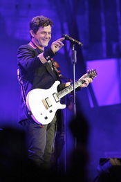 Alejandro Sanz da un concierto para BMW en Madrid