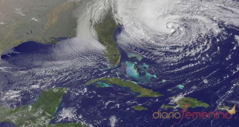 El huracán Sandy acecha a 60 millones de personas en Estados Unidos