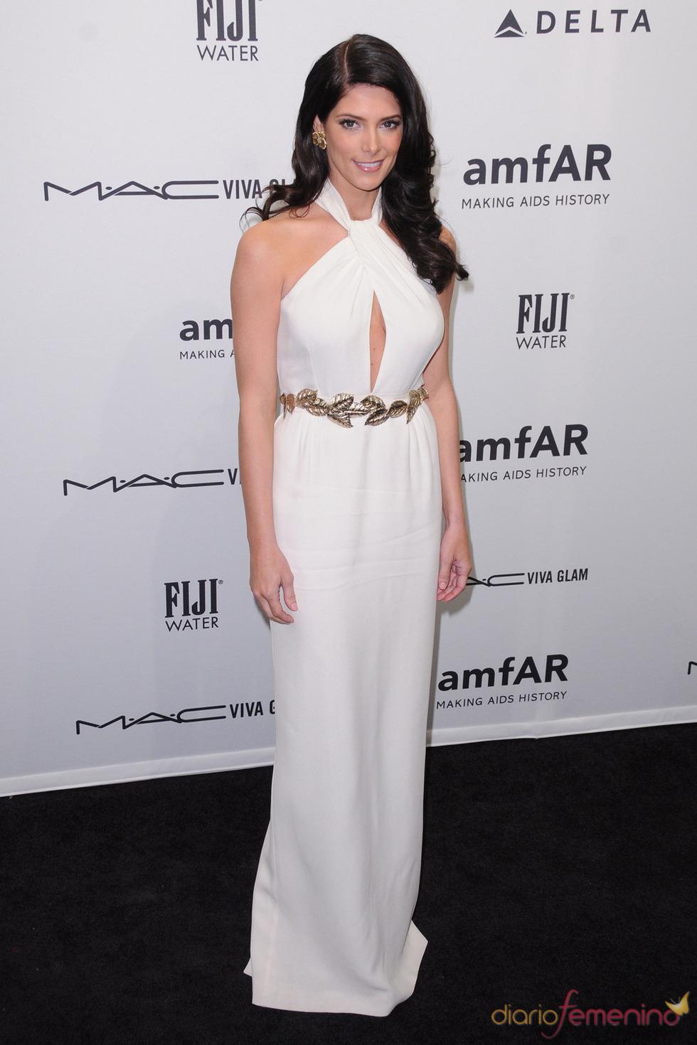 Ashley Greene en la gala de amfAR