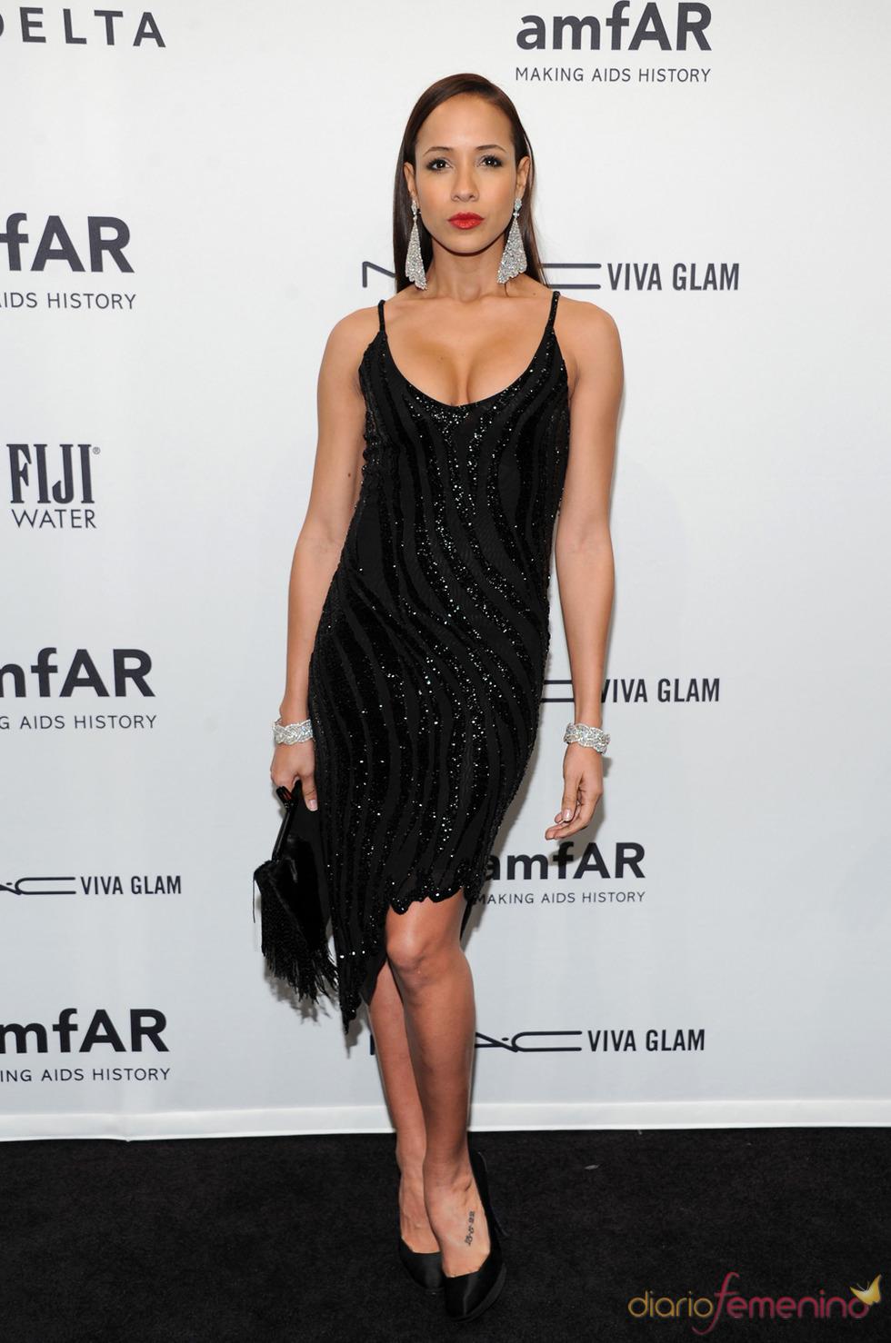 Dania Ramírez en la gala de amfAR