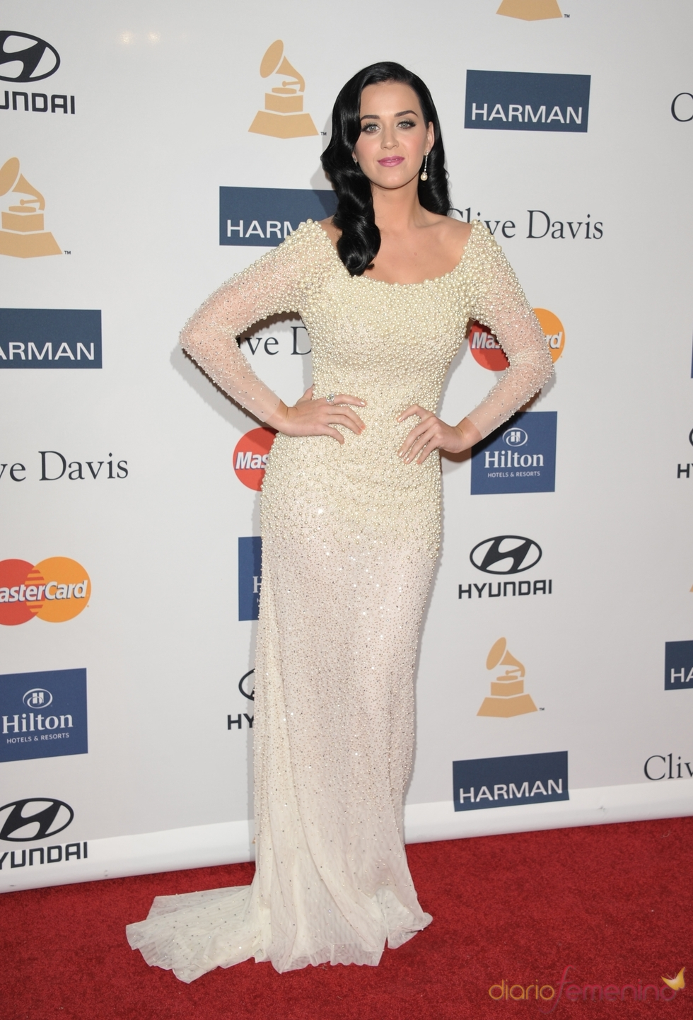 Katy Perry en la fiesta pre Grammy 2013