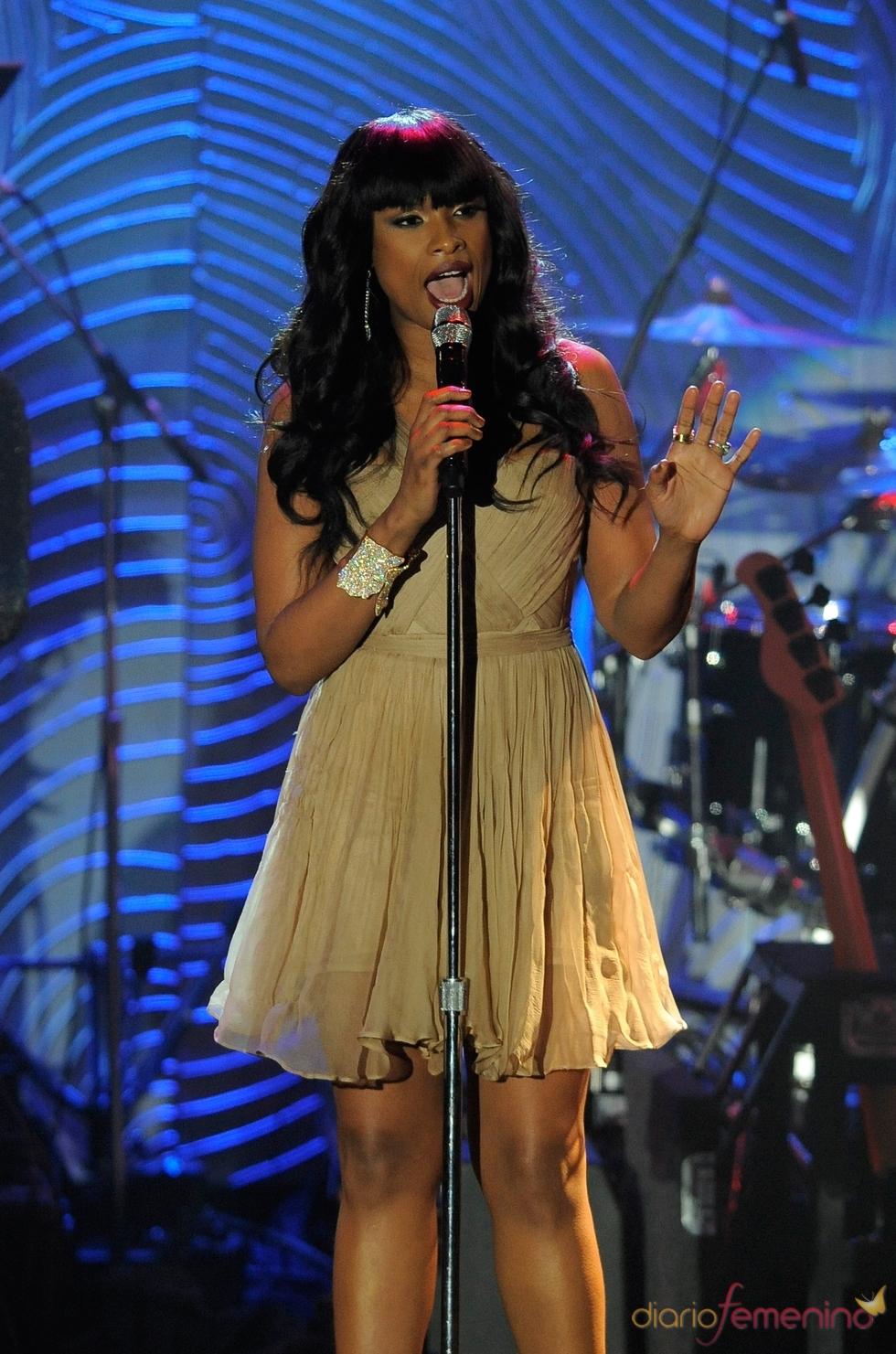 Jennifer Hudson en la fiesta pre Grammy 2013
