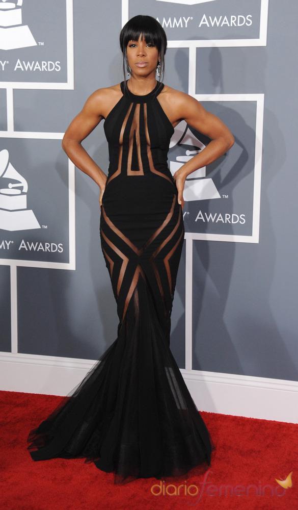Kelly Rowland en la alfombra roja de los Grammy 2013