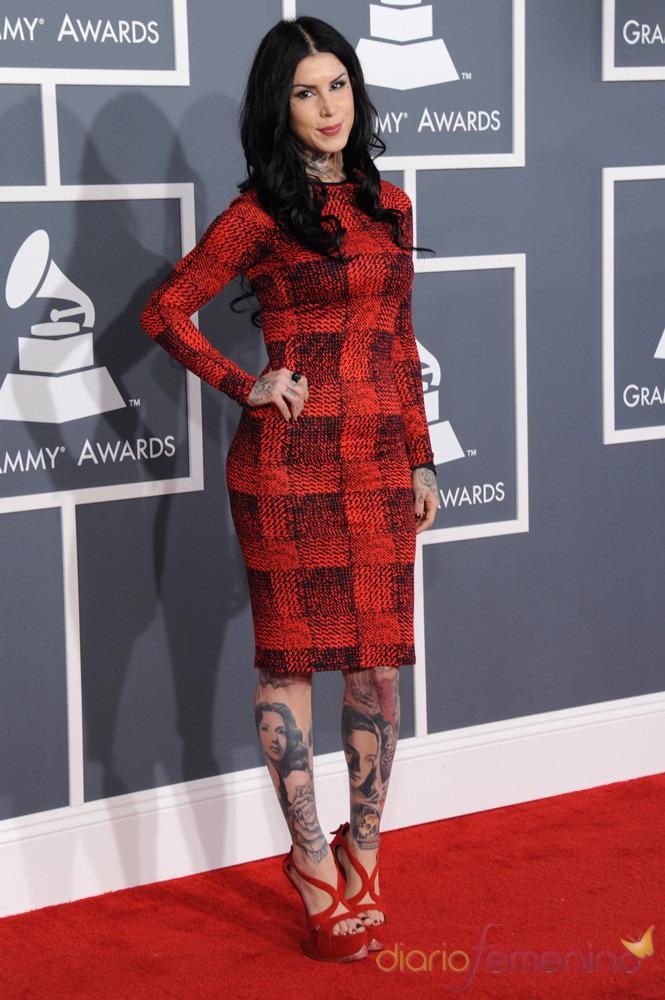 Kat Von D en la alfombra roja de los Grammy 2013