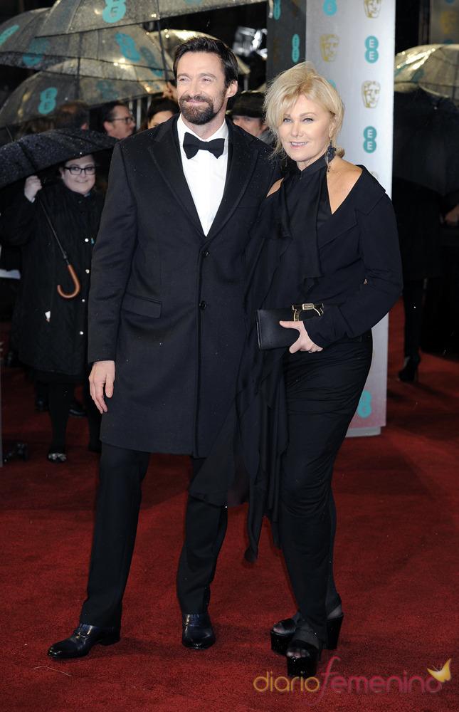 Hugh Jackman y su esposa Deborra Lee Furness en los Bafta 2013