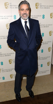 George Clooney con barba en los Bafta 2013