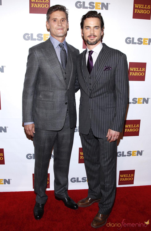 Matt Bomer junto a su pareja, Simon Halls, en los Premios del Respeto 2012
