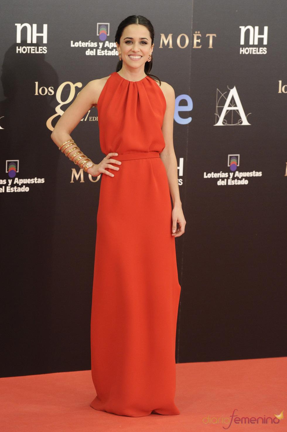 Macarena García en la alfombra roja de los Goya 2013