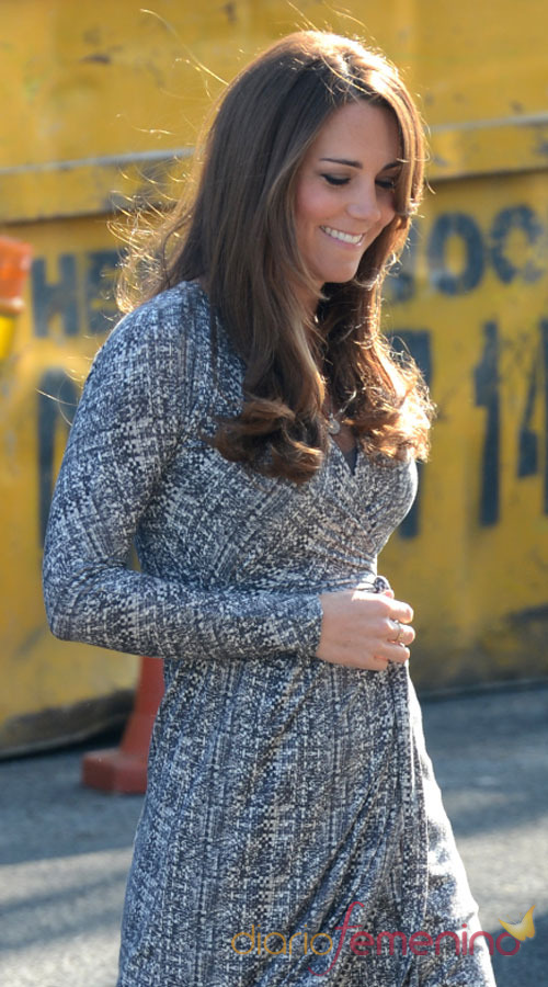 Kate Middleton, embarazada y protectora