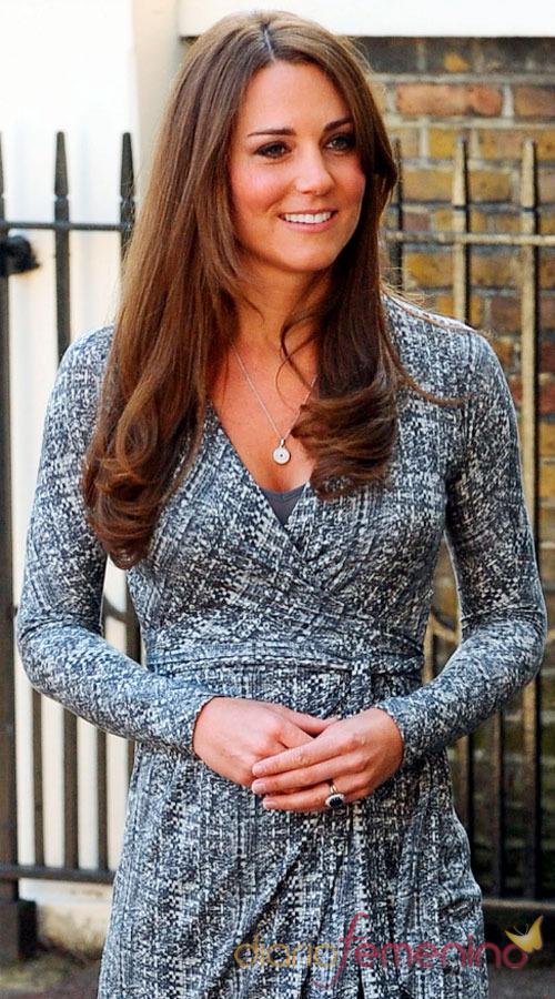 Kate Middleton, embarazada y radiante