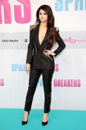 Selena Gomez, protagonista de Spring Breakers posa durante la presentación en Berlin