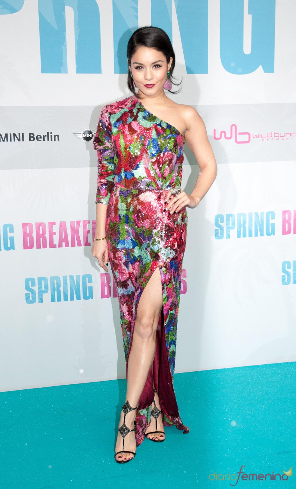 Vanessa Hudgens, protagonista de Spring Breakers posa durante la presentación en Berlin