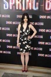 Rachel Korine, protagonista de Spring Breakers posa durante la presentación en Madrid