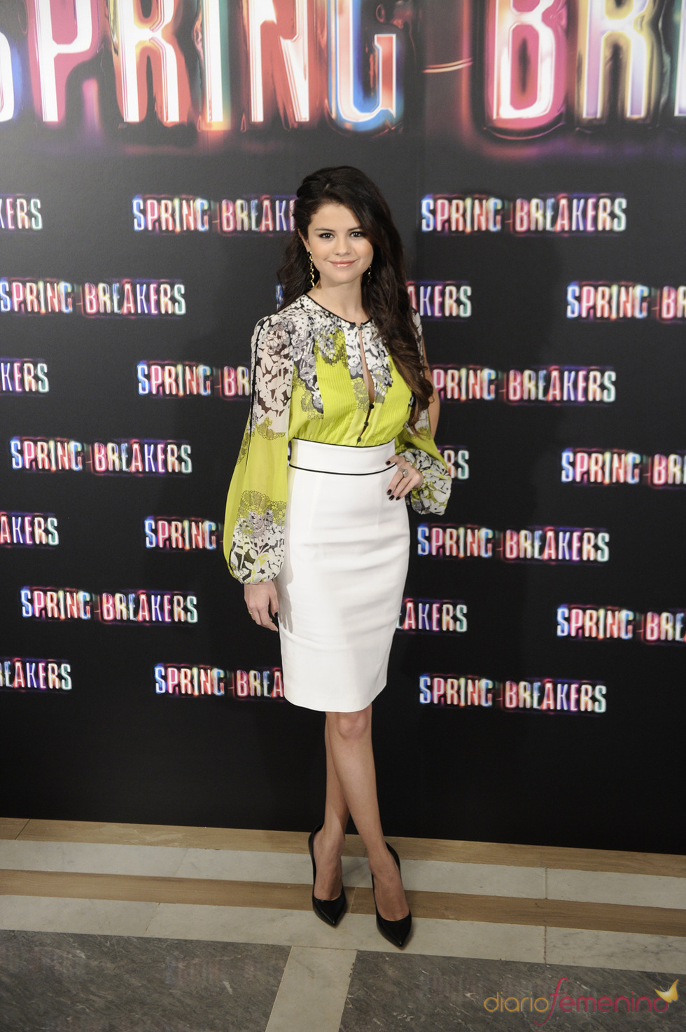 Selena Gomez, protagonista de Spring Breakers posa durante la presentación en Madrid