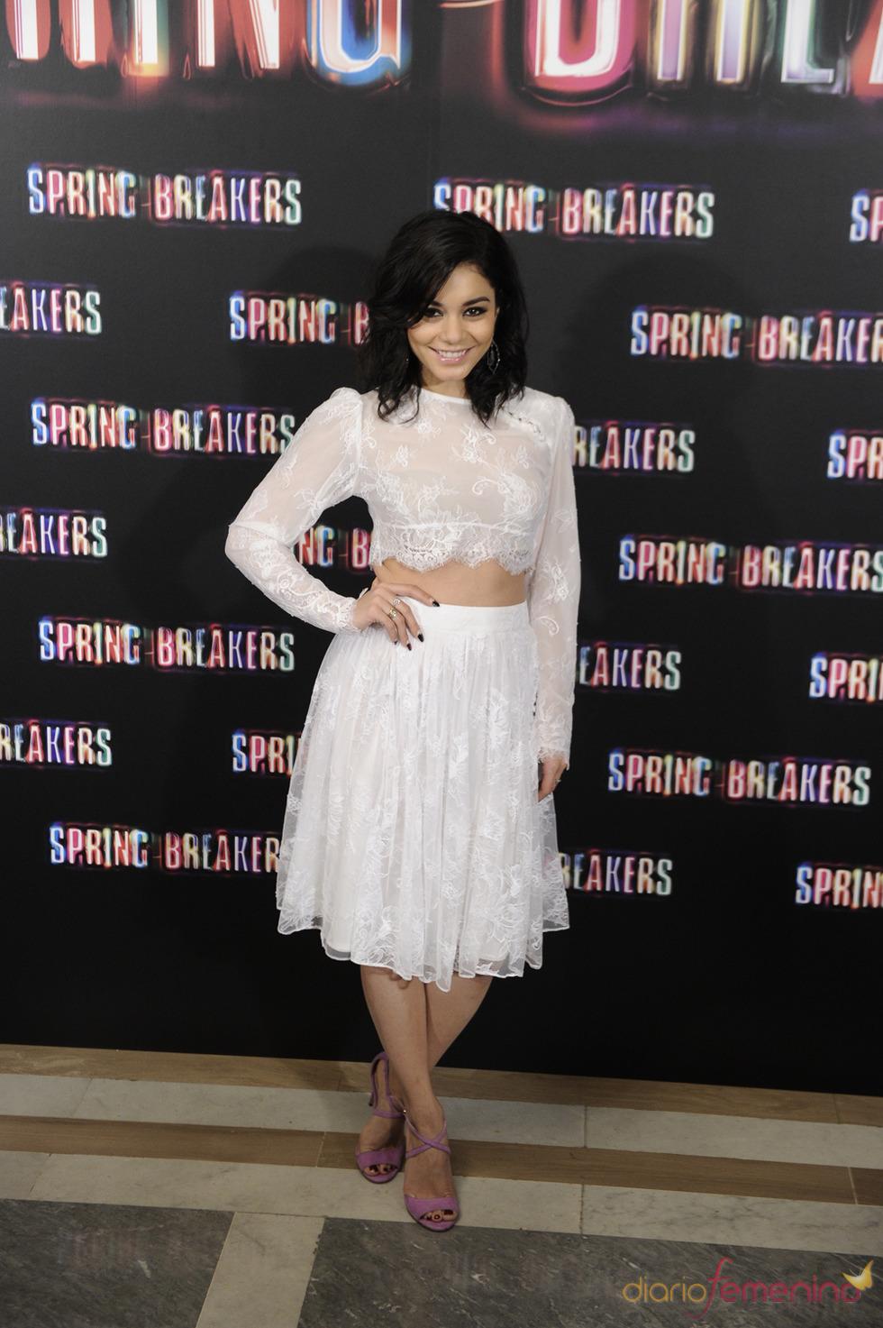 Vanessa Hudgens, protagonista de Spring Breakers posa durante la presentación en Madrid