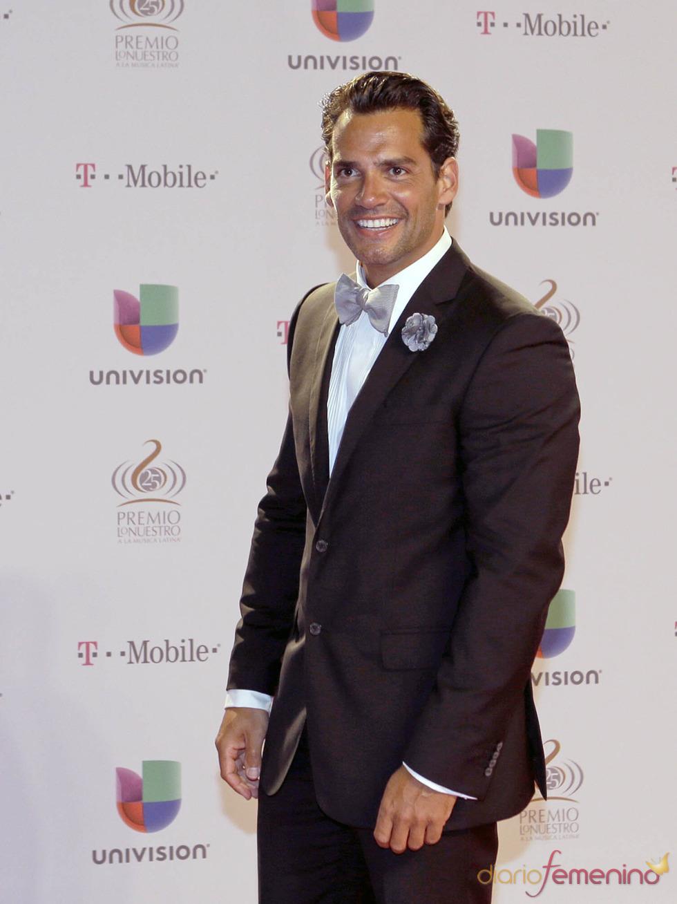 Cristian de la Fuente en la alfombra roja de Lo Nuestro 2013