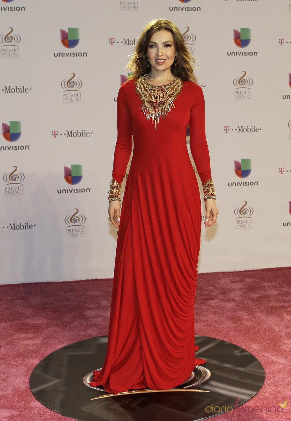 Thalía en la alfombra roja de Lo Nuestro 2013