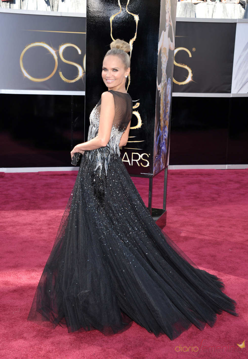 Kristin Chenoweth en la alfombra roja de los Oscars 2013