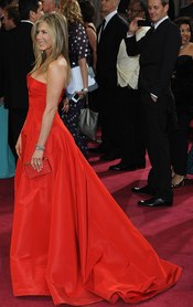 Jennifer Aniston en la alfombra roja de los Oscars 2013