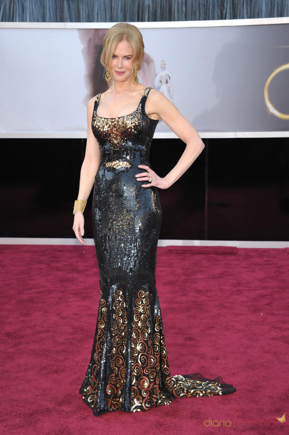 Nicole Kidman en la alfombra roja de los Oscars 2013