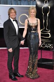 El músico Keith Urban y su mujer Nicole Kidman en los Oscars 2013