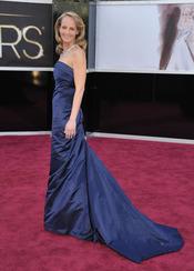 Helen Hunt en la alfombra roja de los Oscars 2013