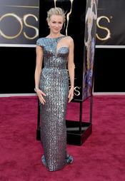 El vestido de Naomi Watts en la alfombra roja de los Oscars 2013
