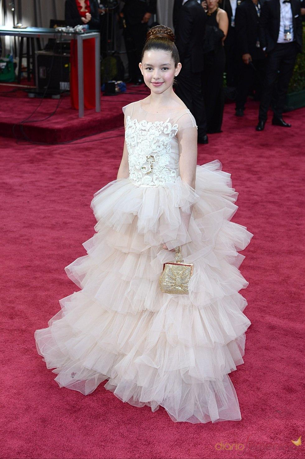Fatima Ptacek en la alfombra roja de los Oscars 2013