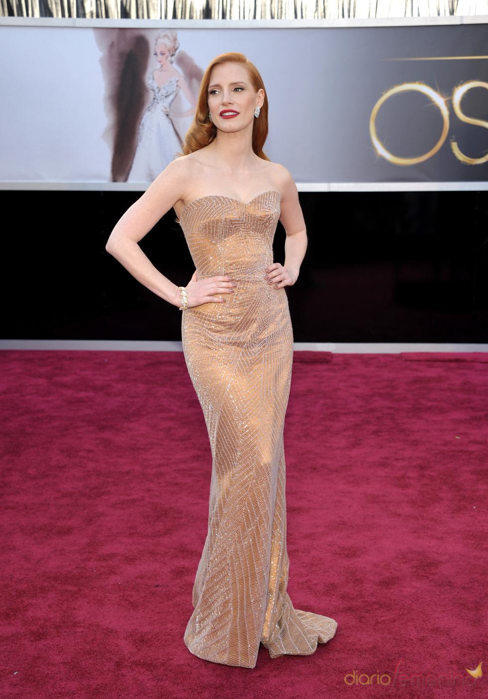 Jessica Chastain en la alfombra roja de los Oscars 2013