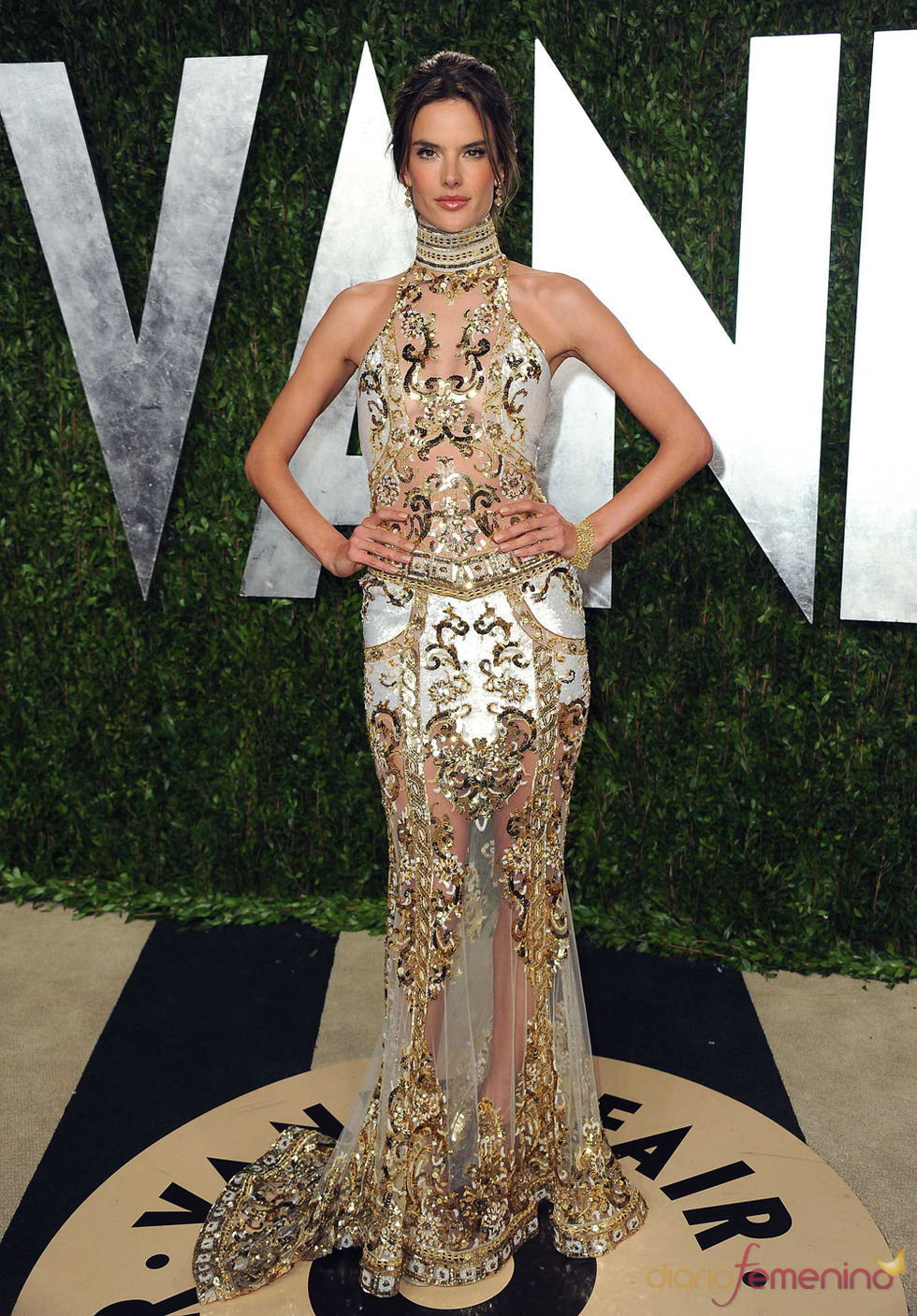Alessandra Ambrosio en la fiesta de Vanity celebrada tras los Oscar 2013