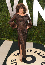 Joan Collins en la fiesta de Vanity celebrada tras los Oscar 2013