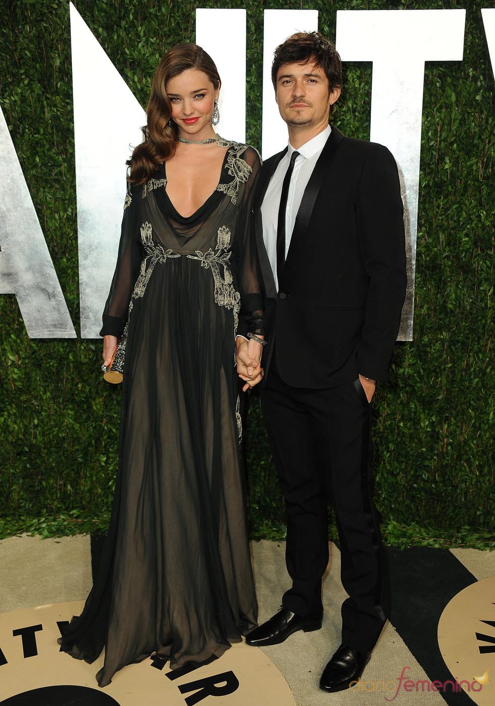 Miranda Kerr y Orlando Bloom en la fiesta de Vanity celebrada tras los Oscar 2013