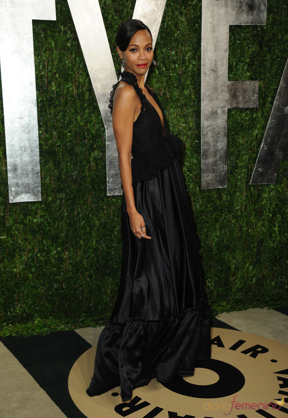 Zoe Saldana en la fiesta de Vanity celebrada tras los Oscar 2013