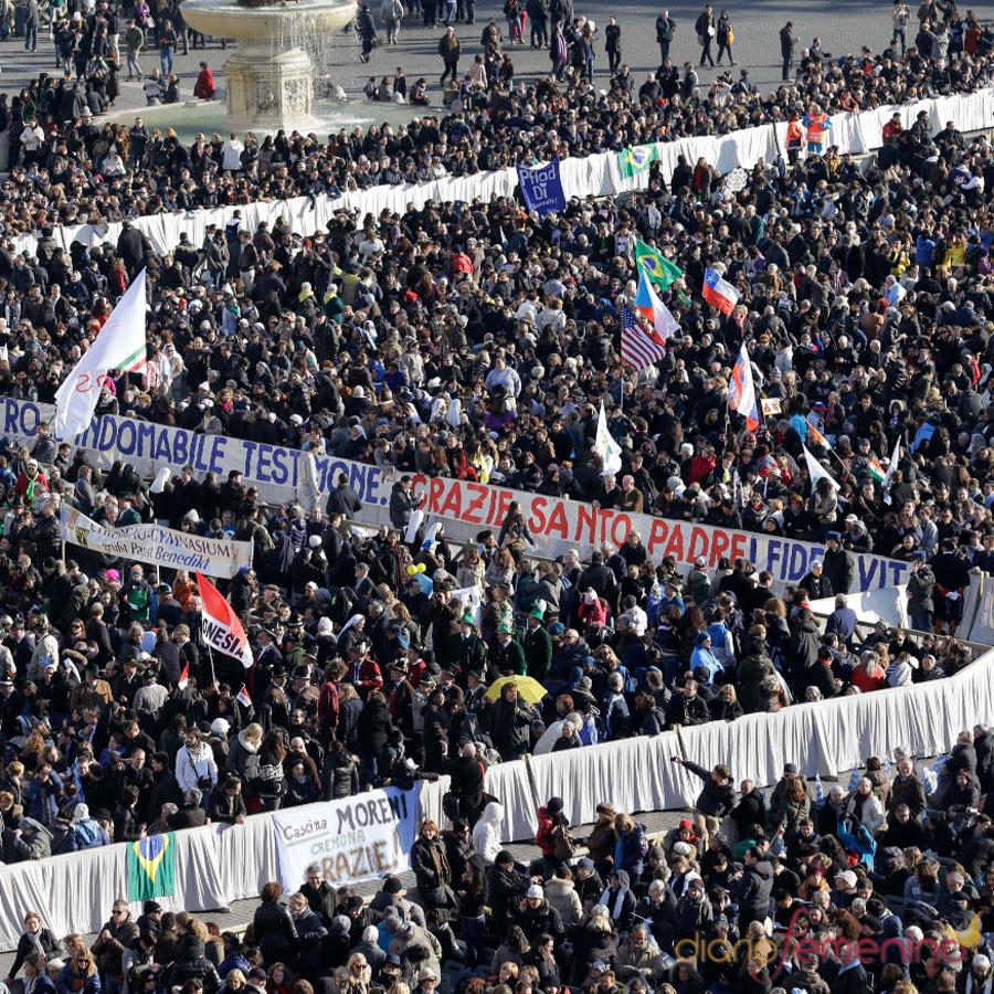 La despedida del Papa Benedicto XVI: 150.000 fieles en San Pedro