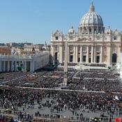 La despedida del Papa Benedicto XVI: el protagonismo del sol