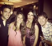 La cena de parejas en la que coincidieron Messi, Fabregas y las novias de ambos