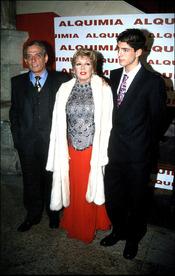 Pepe Sancho con su ex mujer Maria Jimenez y su hijo Alejandro